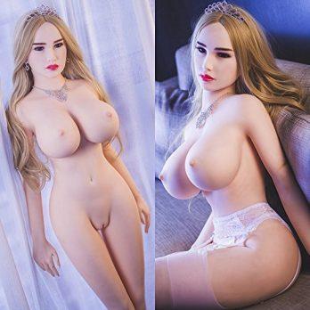 Große Brüste und eine große Pussy Http://www.cartoon porn pictures.com
